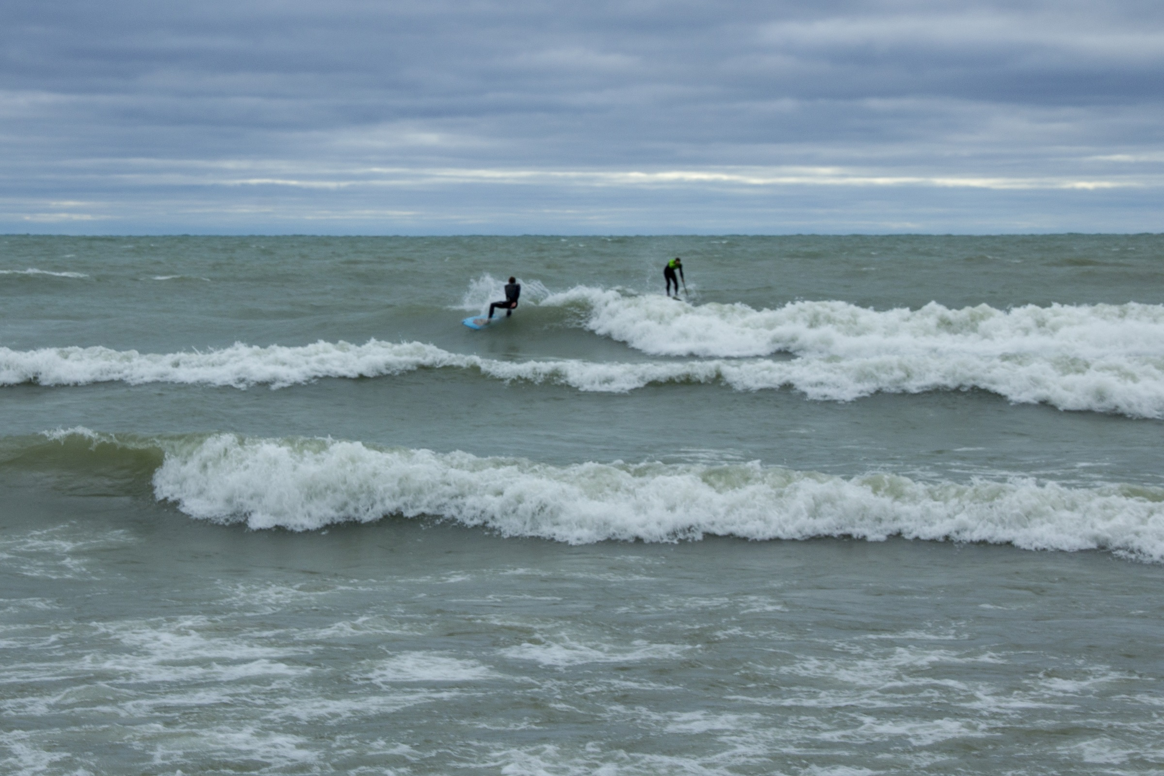 surfing (resized)